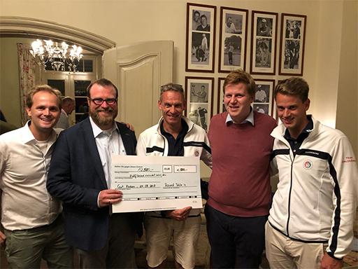 RT4-Golfturnier erbringt 12.500 Euro für die NCL-Stiftung und Schotstek
